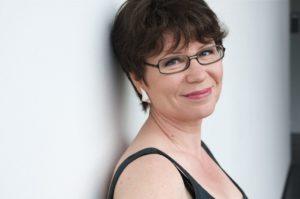 Marjo Heiskasen kirjailijakuva vuodelta 2009